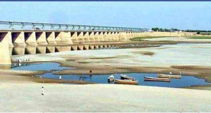 indus river at Kotri